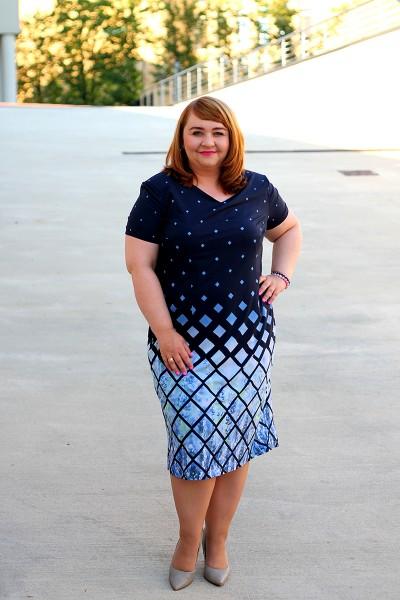Granatowa sukienka w romby plus size (rozm. 44-52)