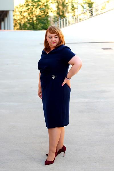 Granatowa sukienka dla puszystej (rozm. 44-52)