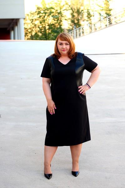 Czarna sukienka plus size (rozm. 44-52)