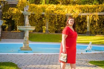 Sukienka plus size wyszczuplająca
