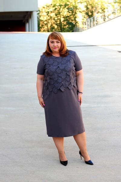 Sukienka koronkowa, grafitowa plus size (rozm. 44-52)