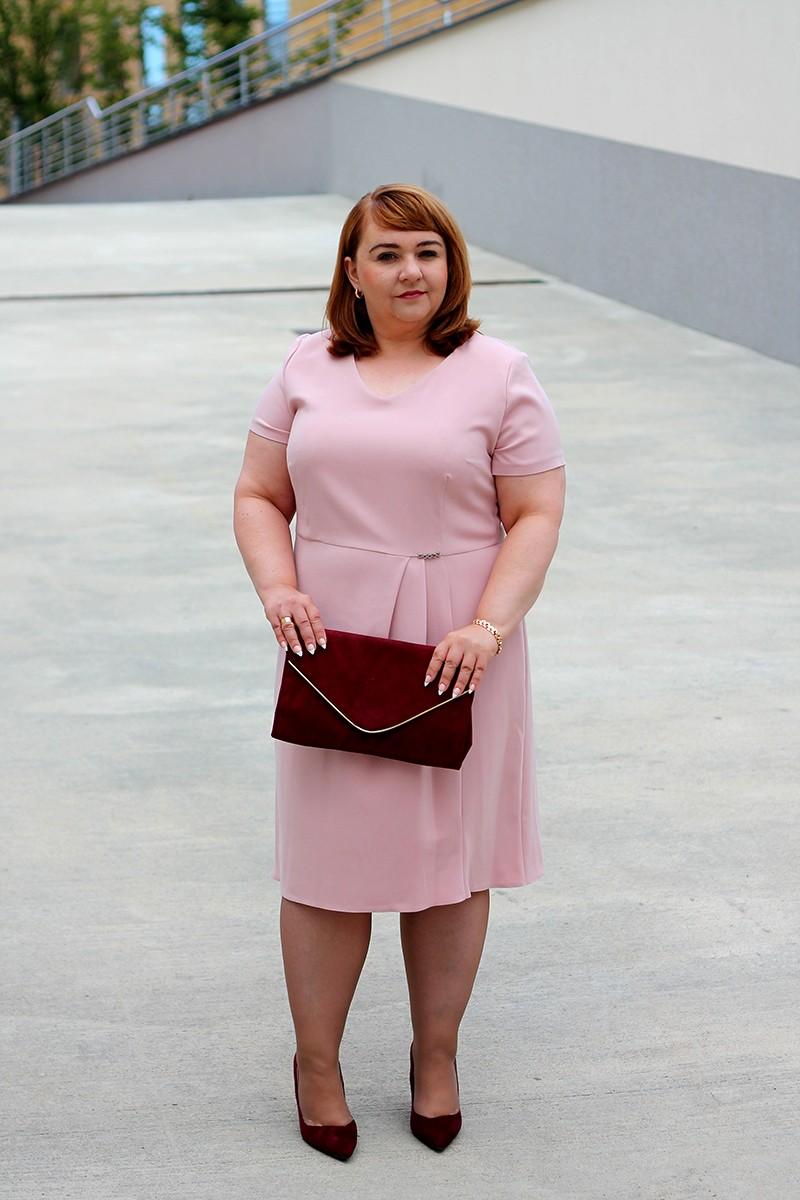 83b46459a8 Elegancka sukienka z dzianiny krótki rękaw plus size (rozm. 44-52) polski  producent